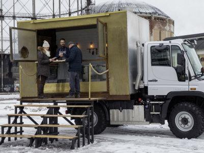 El Food Truck más 'cool' del mundo, en Finlandia, también es indestructible e imparable