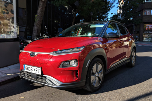 Tras probarlo, estos son los argumentos del Hyundai Kona eléctrico para hacer frente a Tesla