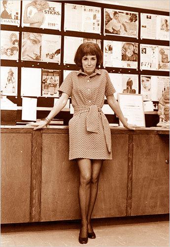 Adiós a Helen Gurley Brown, la editora de Cosmopolitan que marcó una época en el periodismo
