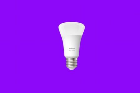 """La Philips Hue White a mitad de precio en Amazon y MediaMarkt, una versátil bombilla """"inteligente"""" con Bluetooth a 10 euros"""