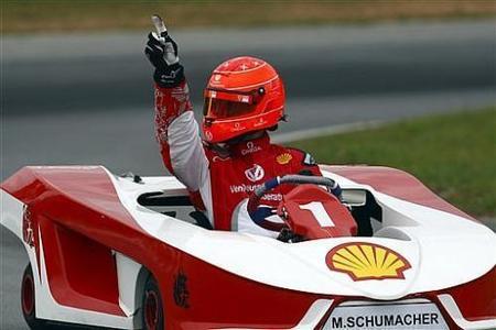 Cuando Michael Schumacher abre la boca, sube el pan