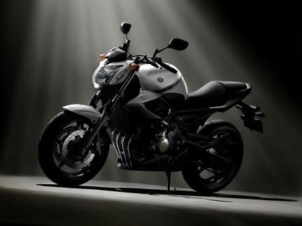 Yamaha XJ6, otra naked para 2009