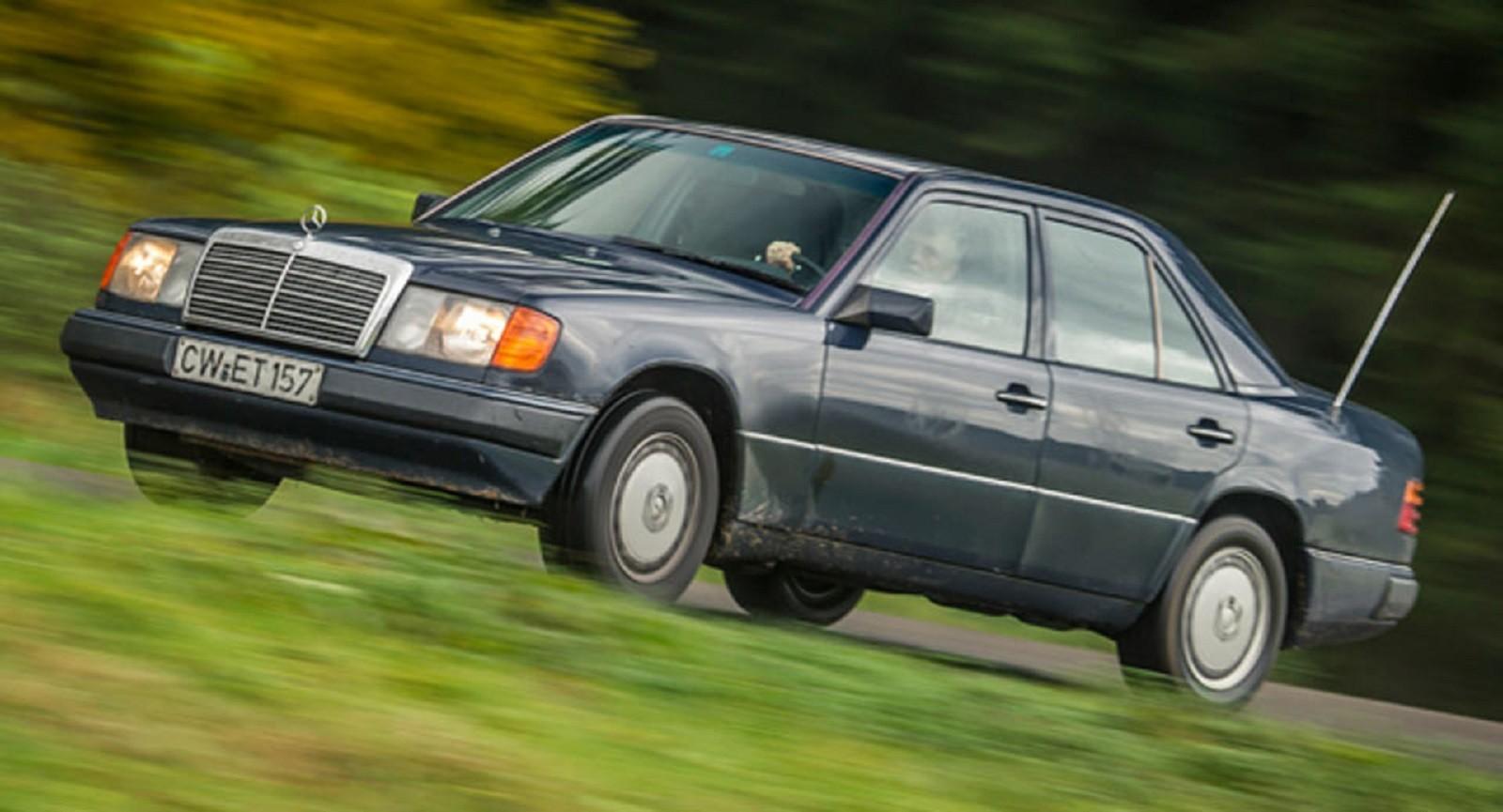 Foto de Mercedes 200D W124 (1/8)