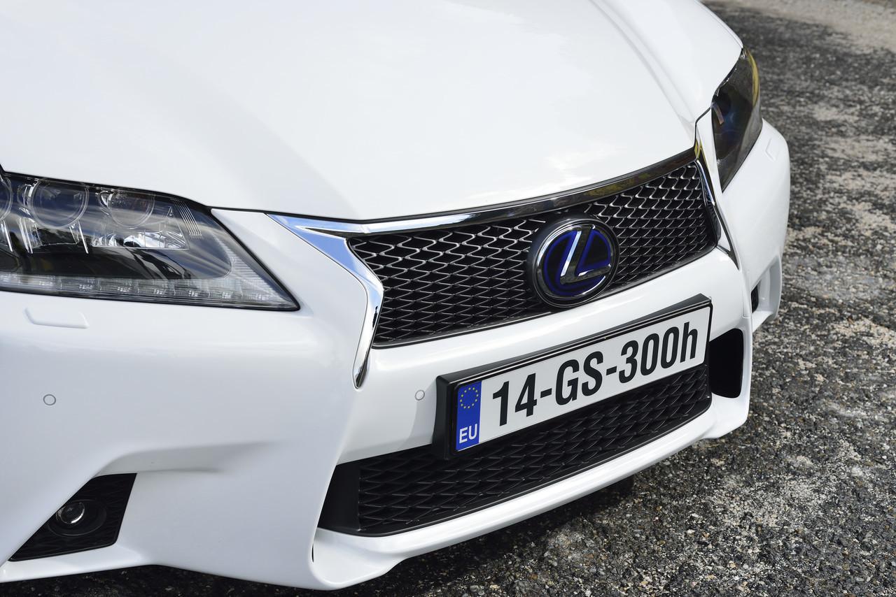 Foto de Lexus GS 300h (43/153)