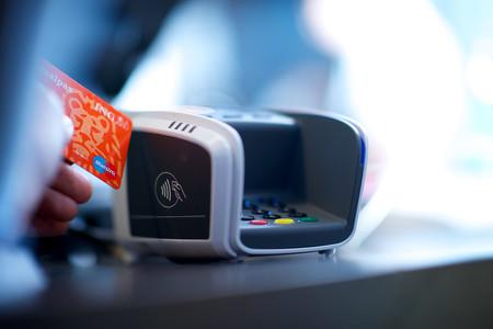 Italia se suma a la guerra contra el dinero metálico: subvencionará los pagos con tarjeta