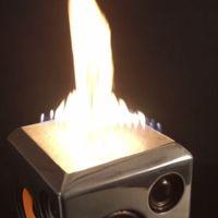 Sound Torch, un altavoz con fuego que cambia al ritmo de la música