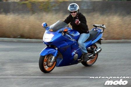 Probando el manos libres con la moto