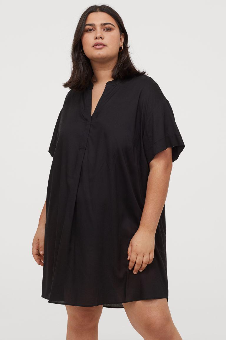 Vestido negro de fina gasa
