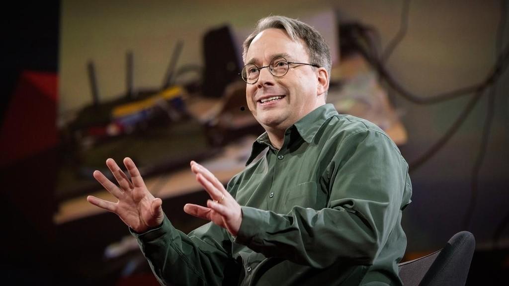 A Linus Torvalds no le preocupa lo que Microsoft está haciendo con Linux: