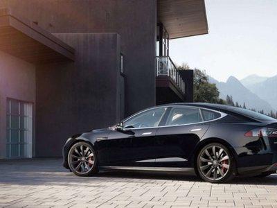 Tesla busca amigos con su  nuevo e inédito programa de descuentos para el Tesla Model S