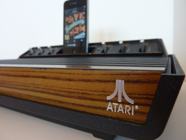 Altavoces iPhone Atari