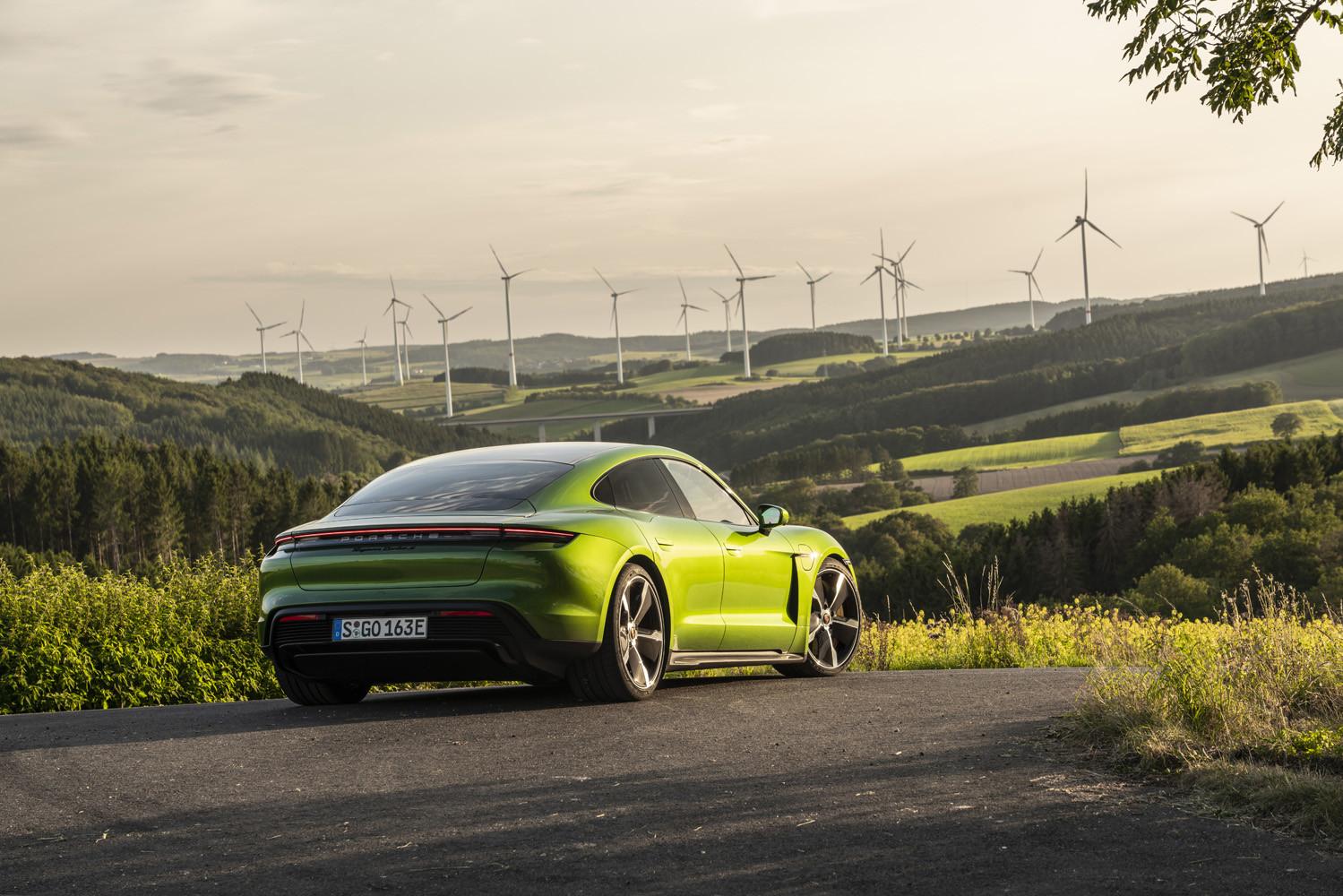 Foto de Porsche Taycan prueba contacto (227/275)