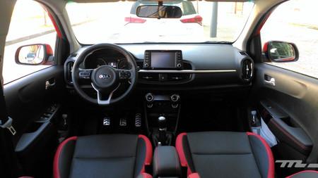 Kia Picanto 2017 interior