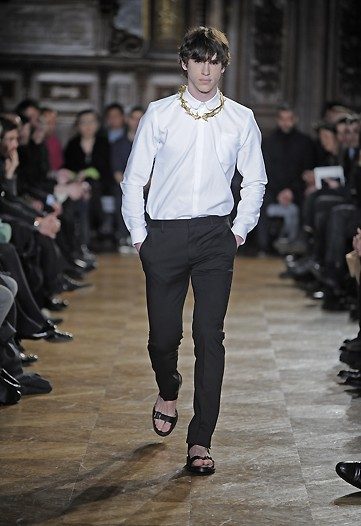 Givenchy, Otoño-Invierno 2010/2011 en la Semana de la Moda de Milán