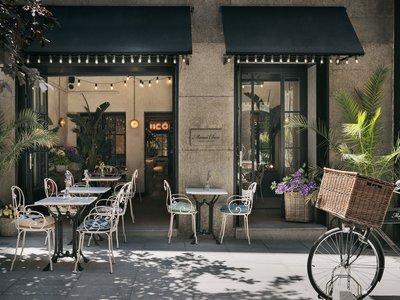 El estilo afrancesado triunfa en el restaurante italiano con alma gallega Mamá Chicó ahora en Madrid