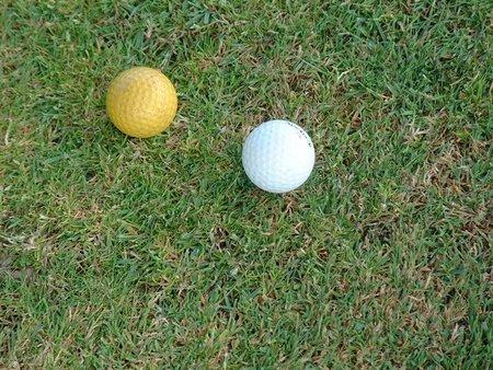 Jugando al golf en mi espalda