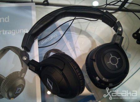 Sennheiser PCX 360 BT y MM 550 Travel, con bluetooth y sonido envolvente en alta definición