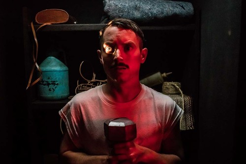 'Ven con papá', un demencial thriller paternofilial lleno de sorpresas y humor negro