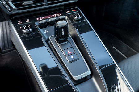 Porsche 911 992 palanca selectora