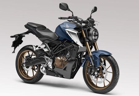 Honda CB125R: la neo-retro alardea de horquilla Showa y aumenta su potencia a 15 CV, por 4.625 euros