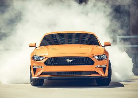 ¿Un Mustang de cuatro puertas? Los rumores empiezan a sonar en Ford