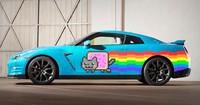 Nissan trolea a Ferrari proponiendo su propio Purrari: un Nissan GT-R Nyan Cat