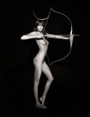 Calendario Pirelli 2011 by Karl Lagerfeld, el calendario más exclusivo del mundo