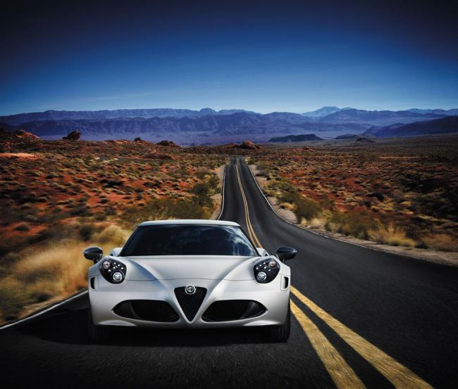 Alfa Romeo 4C Launch Edition frontal
