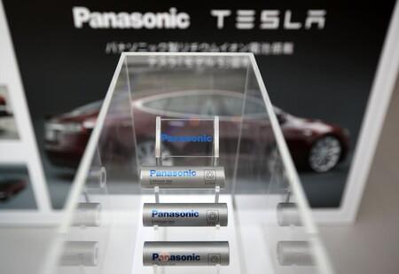 Panasonic quiere liberarse de su dependencia de Tesla y vender sus baterías para coches eléctricos a otros fabricantes
