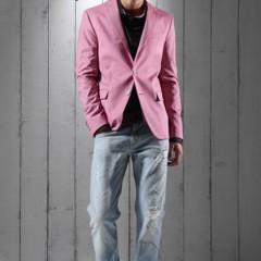Foto 17 de 23 de la galería lookbook-primaveral-love-moschino-men-primavera-verano-2011 en Trendencias Hombre