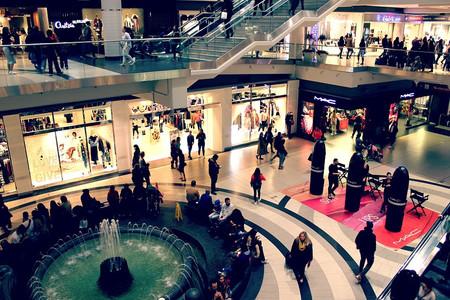 Más exigente y más informado, el nuevo consumidor que las empresas quieren seducir