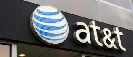 América Móvil considera comprar parte de las acciones de AT&T