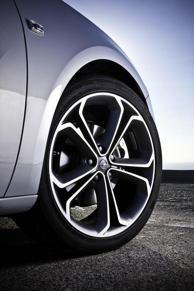 Foto de Opel Astra GTC (60/90)