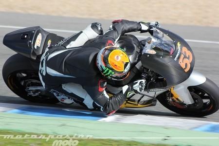 Jack Miller en Moto3 y Tito Rabat en Moto2 comienzan mandando en Jerez