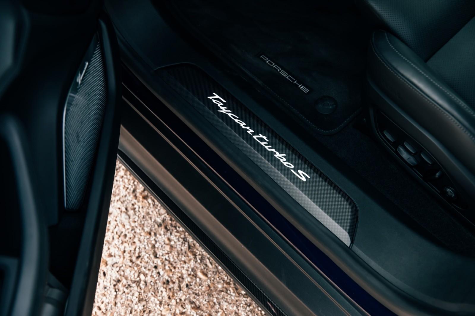 Foto de Porsche Taycan Turbo S (prueba) (25/31)