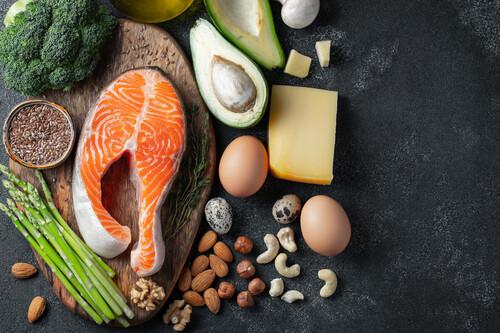 Todo lo que no puede faltar en tu lista de la compra si sigues la dieta keto