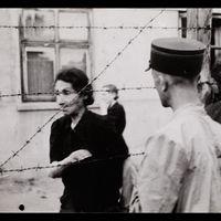 Las fotografías que muestran cómo era la vida dentro dentro de un gueto judío en Polonia en 1939