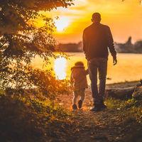 Igualdad en las bajas de maternidad y paternidad, la propuesta de la Comisión Europea