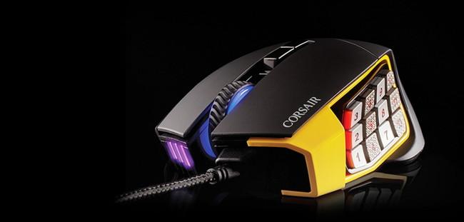 Corsair Scimitar es el ratón para los MMO: 12 botones programables e iluminación RGB