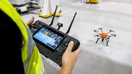 Video: Esta es la razón por la cual Ford utiliza drones en su fábrica de motores