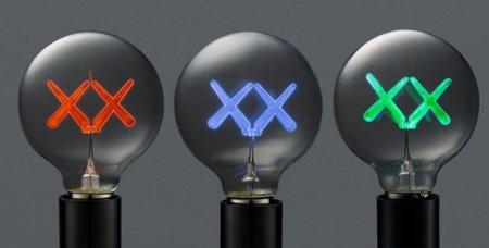 Bombillas de KAWS para The Standard Hotel: filamentos XX