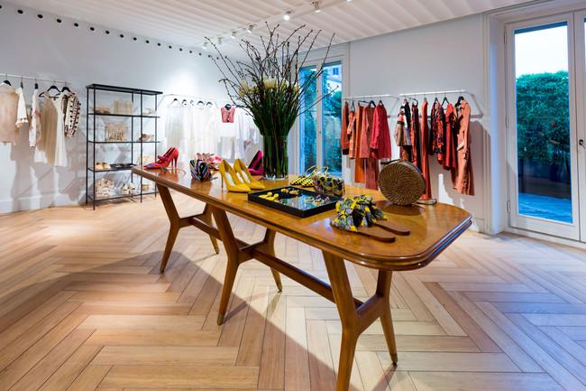 Showroom Milan 3