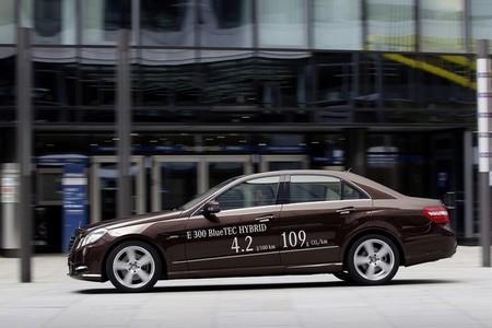 Mercedes e 300 BlueTEC perfil