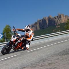 Foto 1 de 16 de la galería salon-de-milan-2012-ktm-690-duke-r-aun-mas-erre en Motorpasion Moto