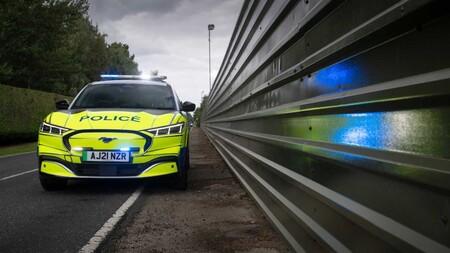 Ford Mustang Mach E Policia Reino Unido 5