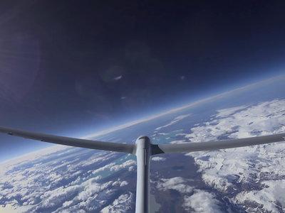El 'Airbus Perlan Mission II' se convierte en el primer planeador sin motor en llegar a los limites del espacio