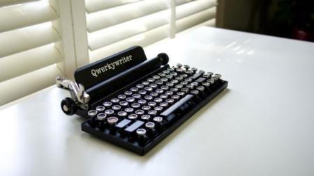 Qwerkywriter, el teclado para los que echan de menos las máquinas de escribir