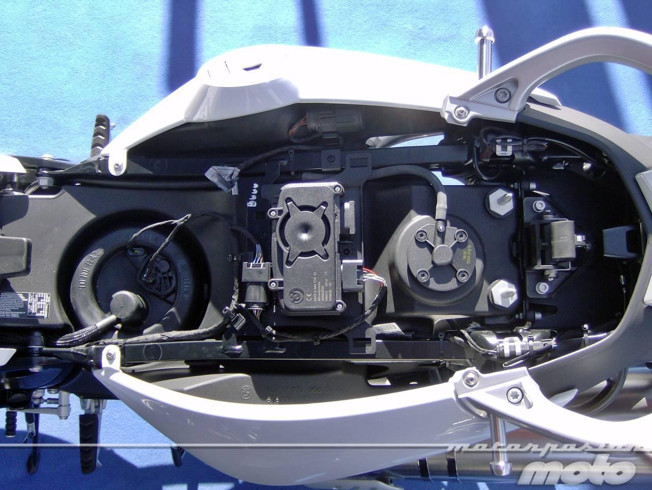 Foto de BMW F 800 GT, prueba (valoración, ficha técnica y galería) - Detalles (18/22)