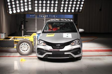 Toyota Etios Latinncap