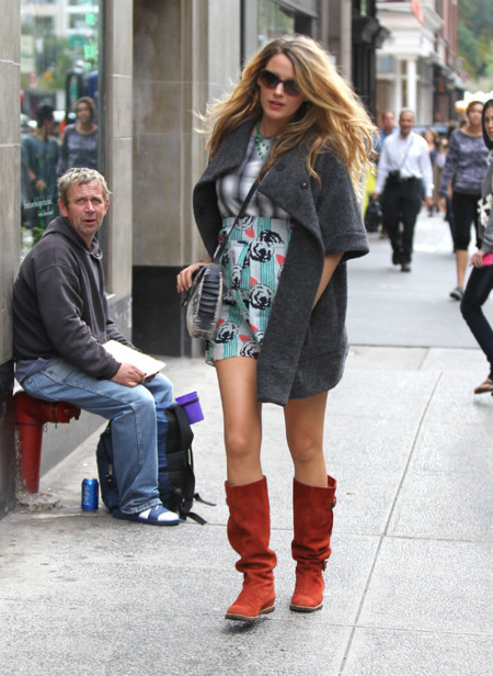 Blake Lively Embarazo estampados Look